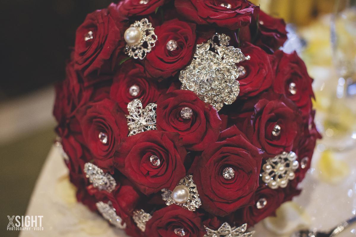0664x-Rachelle-Andrew-XSiGHT-Wine-Roses